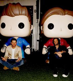 """spncastdaily: """"""""Jensen Ackles and Jared Padalecki at the WB Media Mixer at SDCC17 """" """""""