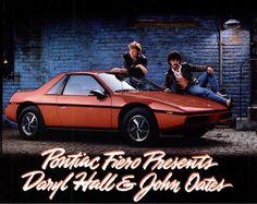Hall & Oates, 1985