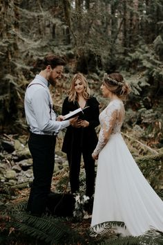 Even though this was a pretty casual elopement in the woods, the bride and groom didn't hold back with their elegant and effortless style | Image by Kandice Breinholt