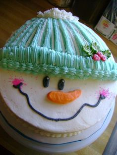 Snowman cake for Christmas dessert! Christmas Sweets, Christmas Cooking, Christmas Cakes, Christmas Birthday Cake, Xmas Cakes, Family Christmas, Christmas Tree, Winter Torte, Winter Cakes