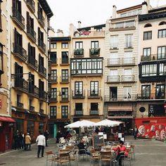 Fachadas... rincones de #Pamplona #Navarra