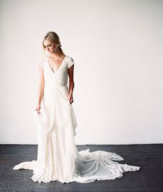 in love with this dress!!  Top o' the list: Karen Willis Holmes dress