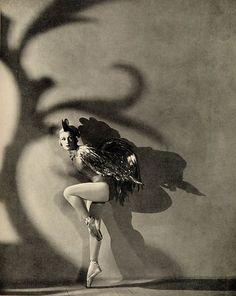 Horst P Horst - Ballets Russes, 1930. S)