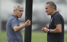 Multicampeão pelo Timão, Ricardinho dá início a estágio com o técnico Tite