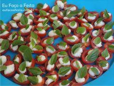 Aperitivos de tomatinho cereja com requeijão catupiry