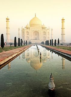 A Trip to one of the famous landmarks in India