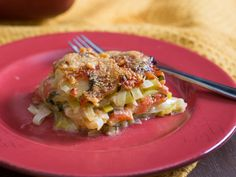 As the weather turns cooler, farmers' markets fill with freshly dug potatoes and leeks. We love combining the two in a hearty potato gratin—it's a perfect partner for any hearty meal.