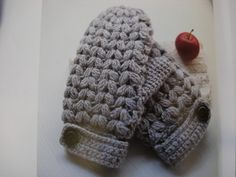 Google Image Result for http://yscmama.typepad.com/photos/uncategorized/mittens.jpg