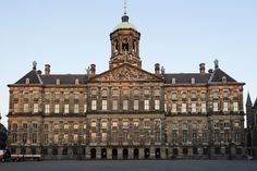 40 Unforgettable Things to Do in Amsterdam - visit the royal palace