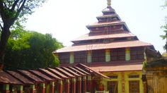 Monastère dans les environs de #Mandalay