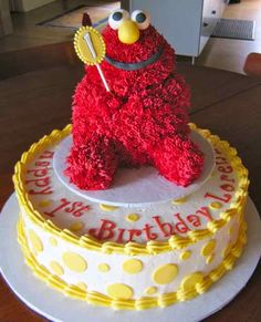 Vegan Elmo Birthday Cake with removable Elmo smash cake