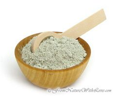 French green clay consists mostly of montmorillonite and is highly efficient at drawing oils and toxins from the skin.