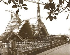 Yesterday's Images Historic photographs Australia Sydney Opera House Construction 1960's NSW Australia Old Pictures, Old Photos, Vintage Photos, Sydney Australia, Australia Travel, Sydney New South Wales, Jorn Utzon, Powerful Pictures, Sydney City