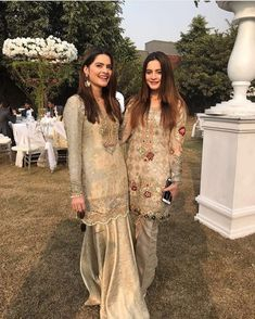Aiman Khan and Minal Khan in a Recent Wedding - Style. Wedding Dresses Men Indian, Simple Pakistani Dresses, Pakistani Wedding Outfits, Indian Bridal Fashion, Pakistani Dress Design, Indian Dresses, Girl Fashion Style, Women's Fashion, Fashion Trends