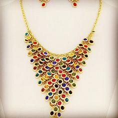 Gold, crystal, Chandelier style necklace.  *stock: LLG-446  $35.USD