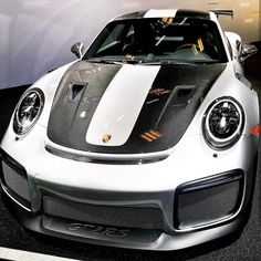 The Porsche 911 is a truly a race car you can drive on the street. It's distinctive Porsche styling is backed up by incredible race car performance. Ferrari, Lamborghini, Carros Porsche, Porsche 911 Gt2 Rs, Porsche Sports Car, Porsche Cars, Cool Sports Cars, Fancy Cars, Sweet Cars
