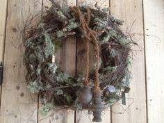 🌟Tante S!fr@ loves this📌🌟Krans hoffz 🌟Tante S!fr@ loves this📌🌟Krans hoffz Wreaths And Garlands, Holiday Wreaths, Christmas Decorations, Holiday Decor, Shabby Chic Christmas, Rustic Christmas, Christmas Time, Grapevine Wreath, Decor Crafts