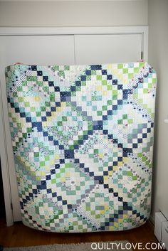 Quilty Love | Completed Scrappy Trip Around the World | http://www.quiltylove.com