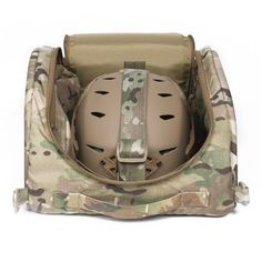 Made by First Spear for Team Wendy, the Helmet Hut facilitates storage and transport of your EXFIL™ helmet. Padded for protection and outfitted with internal pockets for organization, the Helmet Hut easily accommodates your helmet, night vision and communications devices.