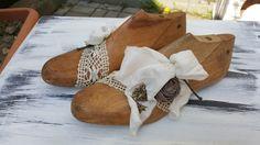 Deko-Objekte - Shabby-Chic:Altes Schuhleisten Paar Kinder-Nr.1 - ein Designerstück von mellypatterns bei DaWanda