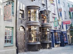 Diagon Alley in the Wizarding World of Harry Potter (Universal Studios Orlando