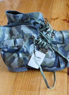 Kup mój przedmiot na #vintedpl http://www.vinted.pl/damskie-obuwie/botki/15203106-buty-oficerki-moro-40-kamasze