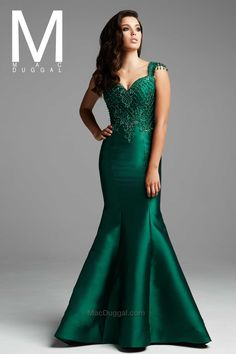 Couture by Mac Duggal Unique Lady Bridal and Prom Couture Dresses, Bridal Dresses, Bridesmaid Dresses, Mac Duggal, Sexy Evening Dress, Evening Gowns, Sorority Outfits, Designer Evening Dresses, Formal Dresses For Weddings