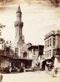 Old Egypt, Ancient Egypt, Golden Days, Egypt Travel, Islamic Architecture, Islamic Pictures, Vintage Pictures, Mosque, Old Photos
