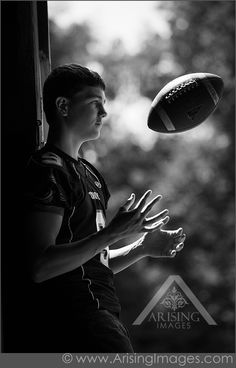 Cool football senior pictures - Senior Picture Information - Lakota East High School Senior Girl Photography, Senior Football Photography, Football Senior Photos, Photography Poses, Senior Year Pictures, Senior Pictures Sports, Volleyball Pictures, Cheer Pictures, Cool Football Pictures