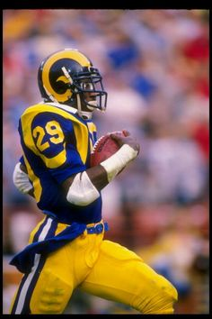 Old School Football Nfl Football Players, Retro Football, Football Memes, School Football, Vintage Football, Football Posters, Football Memorabilia, Football Uniforms, Eric Dickerson