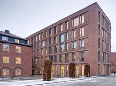 "The ""Sustainability House"" adds office space and a new small green park area in the heart of the Royal Institute of Technology campus Stockholm. The building. Building Exterior, Brick Building, Old Building, Building Design, Hospital Architecture, Brick Architecture, Conservation Architecture, Building Skin, Brick Construction"