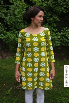 Yksinkertainen on kaunista :) Sewing Clothes, Nice Clothes, Janome, Learn To Sew, Sewing Hacks, Cool Outfits, Cold Shoulder Dress, Tunic Tops, Knitting