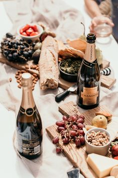 Our classic sparkling Brut: dry, crisp, elegant. Pairs perfectly with anything creamy or salty: perfection with an extensive grazing board or cheese platter shared with the very best of friends. Party Platters, Cheese Platters, Protein Ball, Protein Foods, Christmas Nibbles, Restaurant Promotions, Food Promotion, Coconut Protein, Grazing Tables
