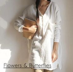 Cheap blusas style, Buy Quality women blouses directly from China white women blouses Suppliers: Summer 2017 New Long Sleeve V Neck Navy White Women Blouses Loose Vintage Style Casual Pullover Shirts Blusas Literary Tops Linen Blouse, Cotton Blouses, Boho Dress, Spring Summer Fashion, Blouses For Women, Long Sleeve Shirts, Vintage Fashion, Trending Outfits, Clothes