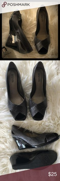 Kenneth Cole Reaction Peep Toe Wedges Kenneth Cole Reaction Faux Snakeskin, Peep Toe Wedges. Worn a few times. In perfect condition. Kenneth Cole Reaction Shoes Wedges