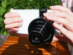 Take a look at our initial thoughts on the new QX10 and QX100 smartphone lenses from Sony!