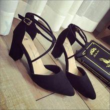 2017 Verão Nova Moda de alta-Apontou Sandálias de salto alto Com Grossos Sapatos Sexy Com o Lado Para Night Club. QCLR-608(China (Mainland))