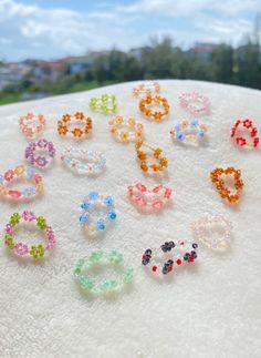 Handmade Wire Jewelry, Diy Crafts Jewelry, Funky Jewelry, Seed Bead Jewelry, Bead Jewellery, Cute Jewelry, Beaded Jewelry Designs, Jewlery, Pulseras Kandi