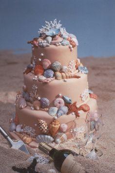 beach_wedding   Flickr - a beautiful beach wedding cake