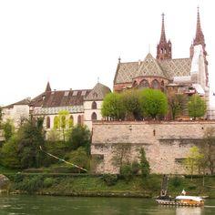 Ein Ausflug in die idyllische Stadt Basel. Erkunde mit mir die wunderschöne Altstadt. #schweiz #switzerland #basel #basle #Altstadt #Städtetrip #reisen #Urlaub #reiseblogger #travel #travelblog #travelblogger