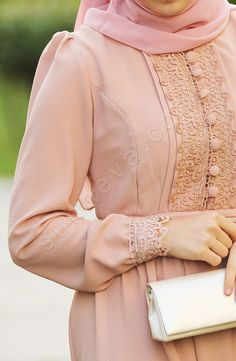Classic drees for hejab Abaya Fashion, Modest Fashion, Fashion Dresses, Hijab Style, Hijab Chic, Modest Wear, Modest Outfits, Muslim Dress, Hijab Dress