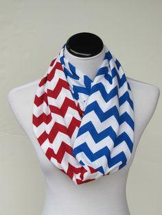 New England Patriots Team scarf Infinity #scarf #infinityscarf #chevronscarf #superbowlscarf #patriots #patriotsscarf #NewEnglandPatriots #Newenglandpatriotsscarf #teamscarf #patriotsteamscarf #blueredscarf #HappyScarvesByLesya by HappyScarvesByLesya