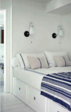 built-in bed nook - Marion's room? Deco Marine, Bed Nook, Built In Bed, House Built, Bunk Rooms, Bunk Beds, Coastal Bedrooms, Nautical Bedroom, Fresh Farmhouse