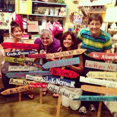 Fun times at our Signs 2 Paradise Workshop #paradise #pallet #vacation #DIY #lakenorman #smallbiz  #GirlsNightOut #repurposed