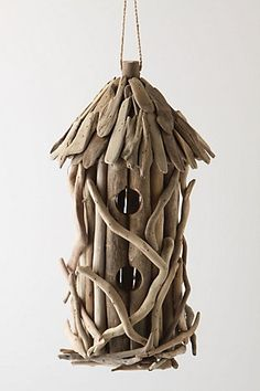Driftwood birdhouse - beautiful!  I know it's not clay but it could | http://awesome-beautiful-bird-of-paradise.blogspot.com