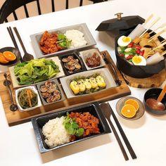 K Food, Food Menu, Spicy Recipes, Asian Recipes, Asian Street Food, Food Goals, Aesthetic Food, Korean Food, Food Plating
