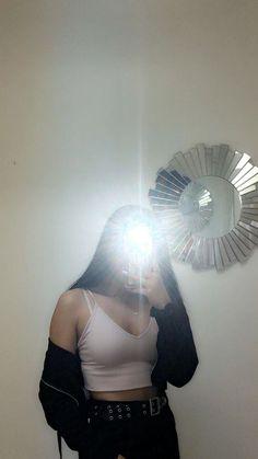 Cute Girl Face, Cute Girl Photo, Girl Photo Poses, Teenage Girl Photography, Girl Photography Poses, Cool Girl Pictures, Girl Photos, Snapchat Girls, Applis Photo