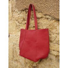 Idée cadeau femme 30 40 ans = joli sac bandouliere rouge et noir