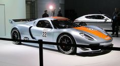 Porsche 918 Spyder 2015 Review (1)