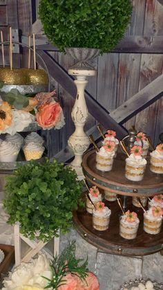 Rustic Wedding Desserts, Sweet Table Wedding, Dessert Bar Wedding, Wedding Sweets, Cookie Bar Wedding, Candy Bar Wedding, Sweet Tables, Buffet Dessert, Dessert Table Decor
